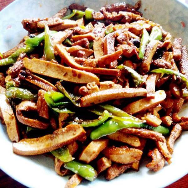 青椒香干腊肉