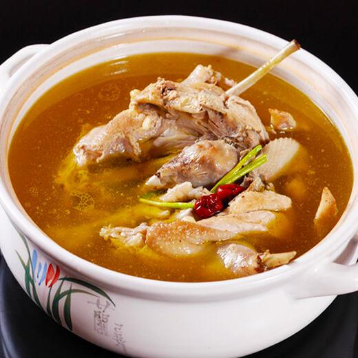 滋补糯米鸡汤