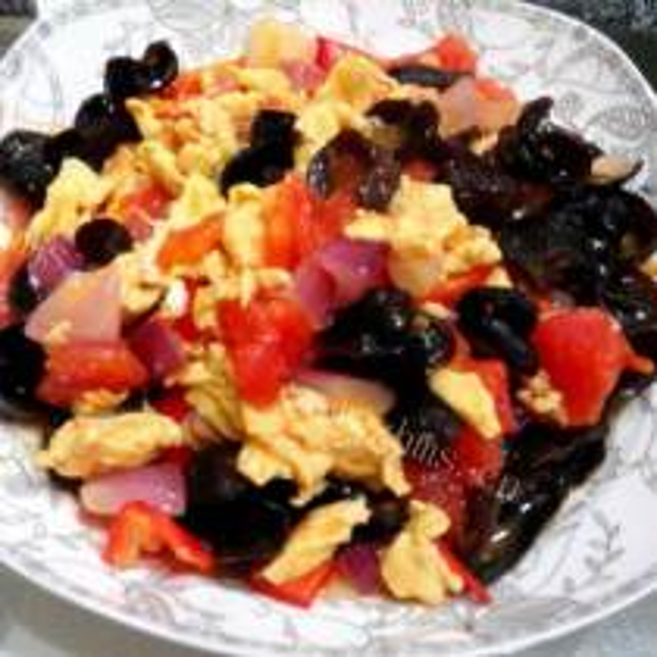 西红柿木耳鸡蛋