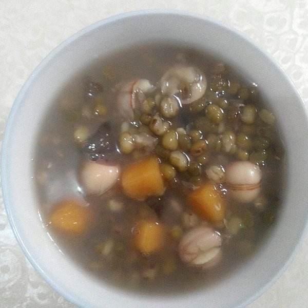 芋头绿豆汤