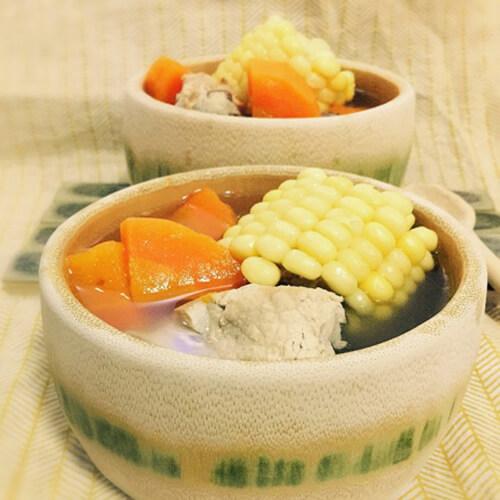 鲜蔬排骨汤