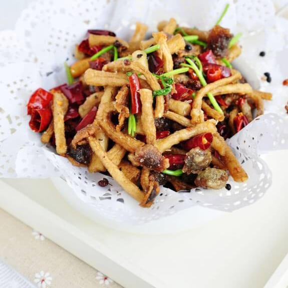 美味的麻辣茶树菇