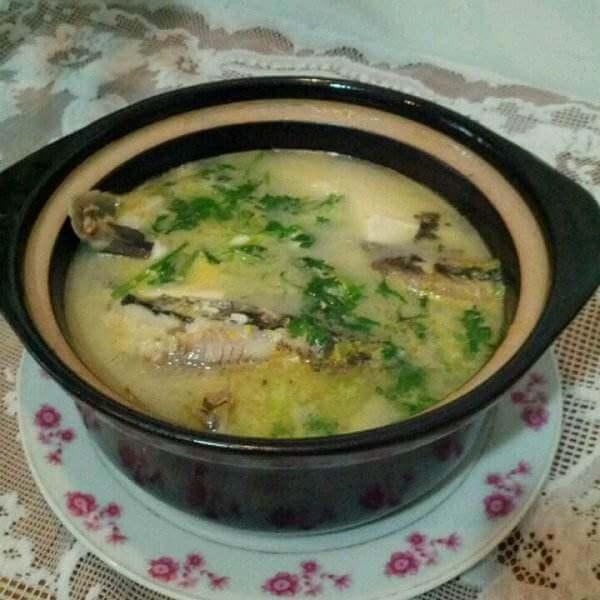 保健汤黄翅鱼豆腐汤