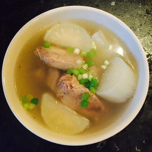 健脾祛湿排骨汤