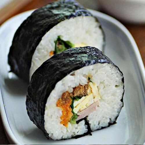家庭版鲑鱼紫菜包饭