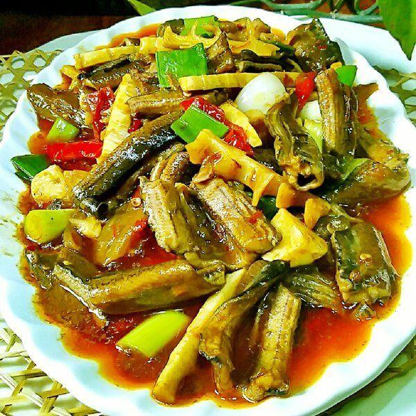 蒜香银芽鳝鱼