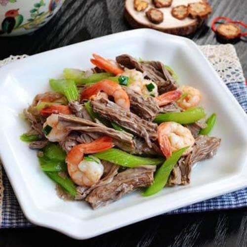 西芹虾仁拌黑豆腐竹