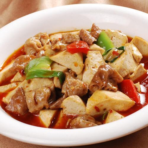 美味的小鱼焖豆腐