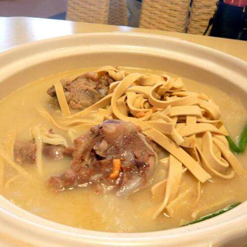 鸡翼菜龙骨汤
