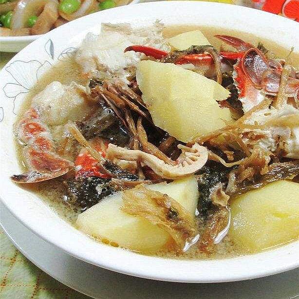笋干菜螃蟹土豆汤