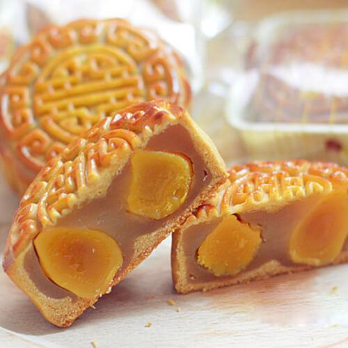 广式莲蓉双黄月饼