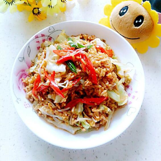 包菜豆芽蛋炒饭