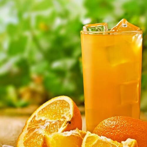 营养的猕猴桃苹果砂糖橘汁