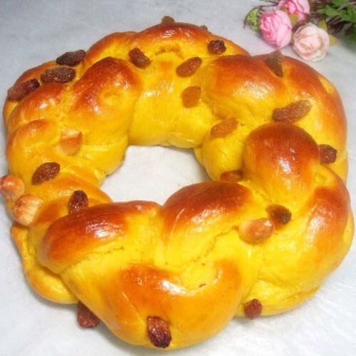 好吃的南瓜双色花环面包