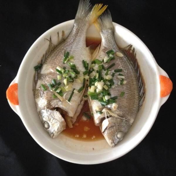美味霍山鲢鱼冻