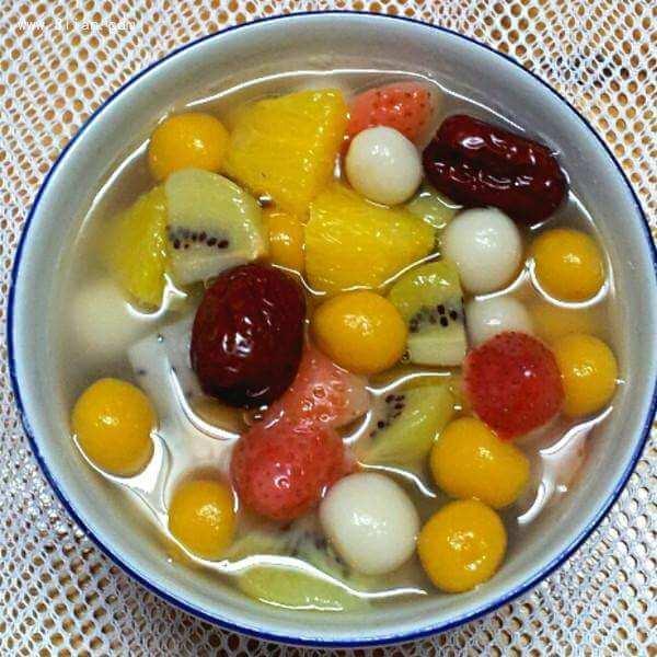 自制水果蜜汁汤圆
