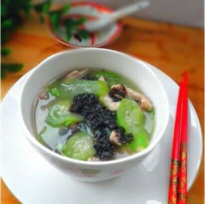 紫菜丸子瘦肉汤