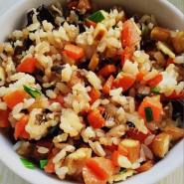 牛肉土豆胡萝卜蒸米饭