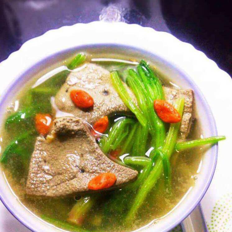 猪肝枸杞菜汤