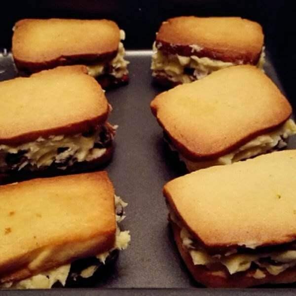 香甜的黄油土司三明治