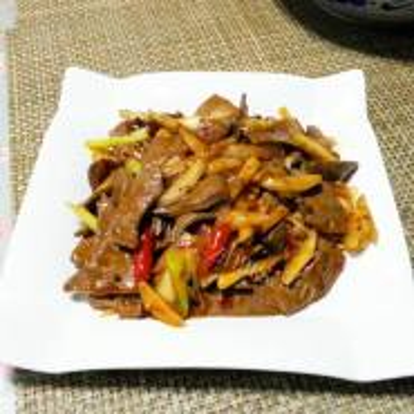 酸菜炒猪肝