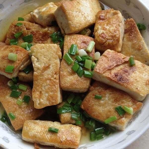 鸡蛋猪肉末蒸老豆腐