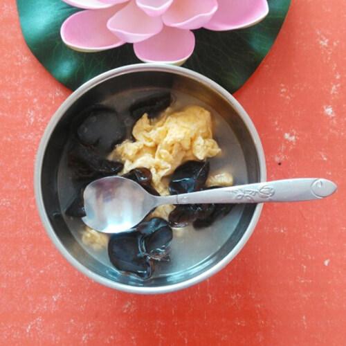 黑木耳鸡蛋汤