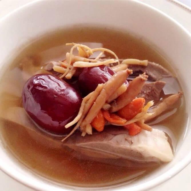 营养的红枣猪心汤
