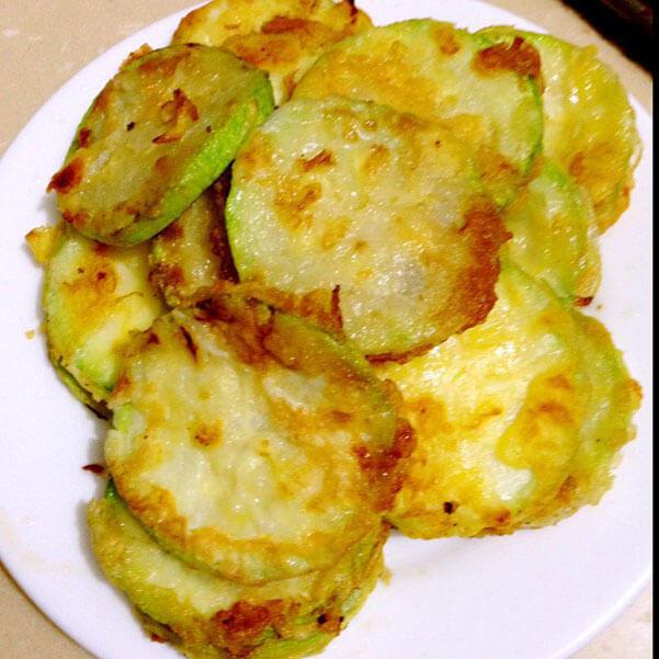 美味的韩式角瓜泡菜煎饼