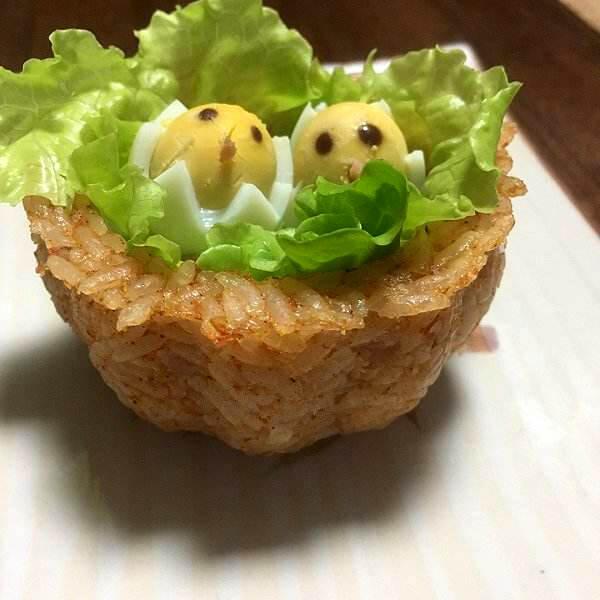 美观可口的日式咖喱饭杯子