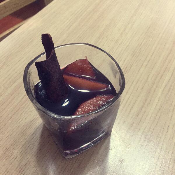 美味的红酒炖苹果