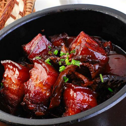 鲜香的红曲焖红烧肉