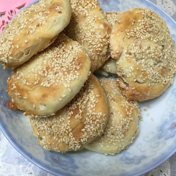 香甜的橄榄油椰香芝麻饼