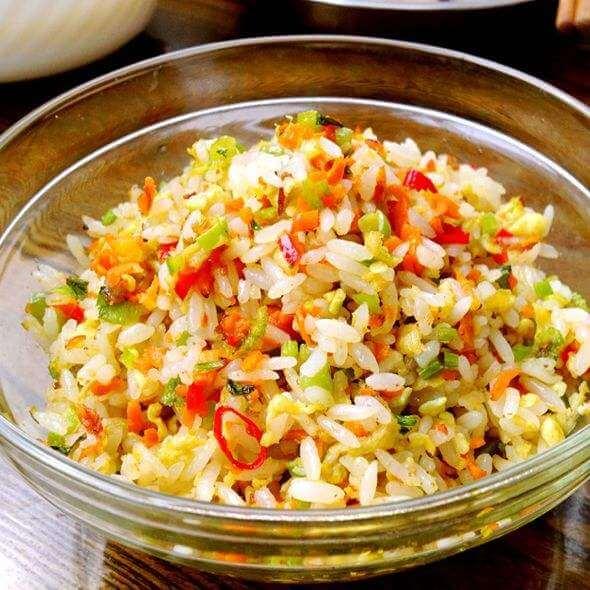 盐菜炒米饭