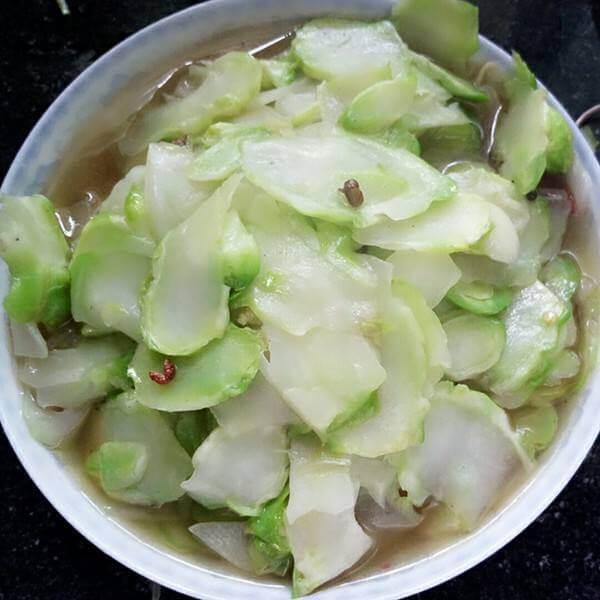 腊肠炒儿菜