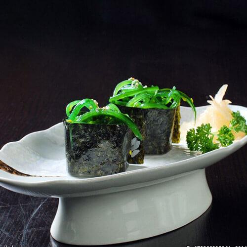 美味的海藻寿司