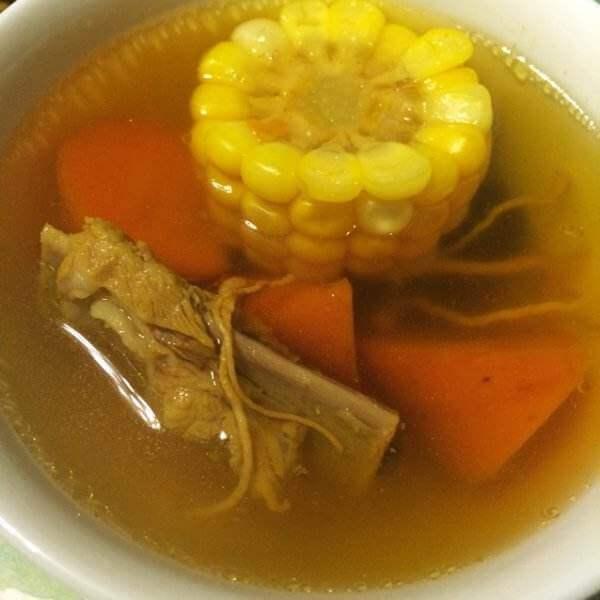 美味的童子鸡虫草养生汤