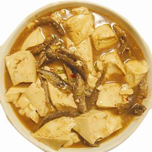 家常小鱼焖豆腐