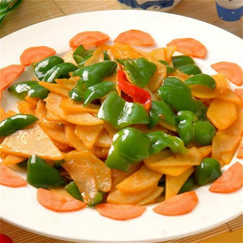 好吃的青椒煮土豆