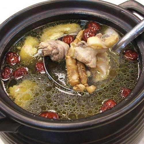 天麻煲鸡汤