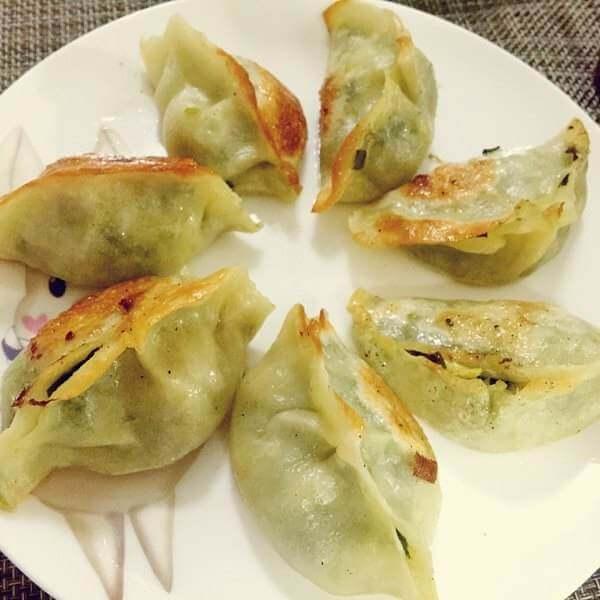 鲜肉豆角柳叶煎饺