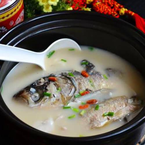 可口的鱼鳔炖杂鱼