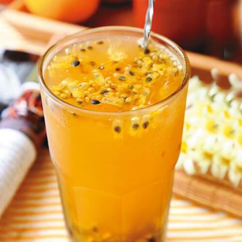 百香果茶饮