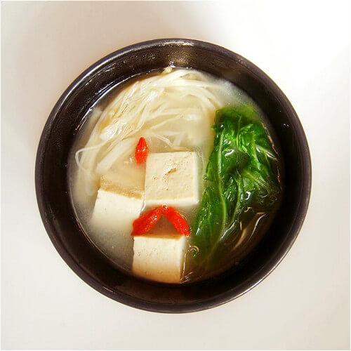 青菜豆腐肉片汤