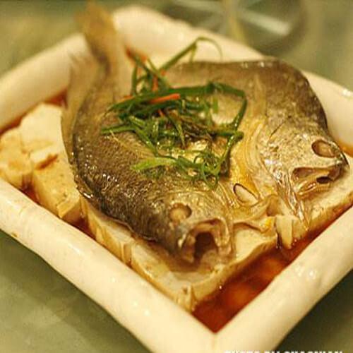 咸黄花鱼蒸豆腐