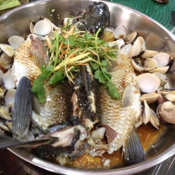 生焗鲩鱼煲