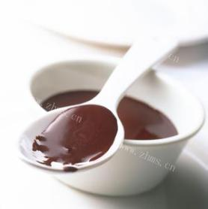 甜美自制巧克力酱