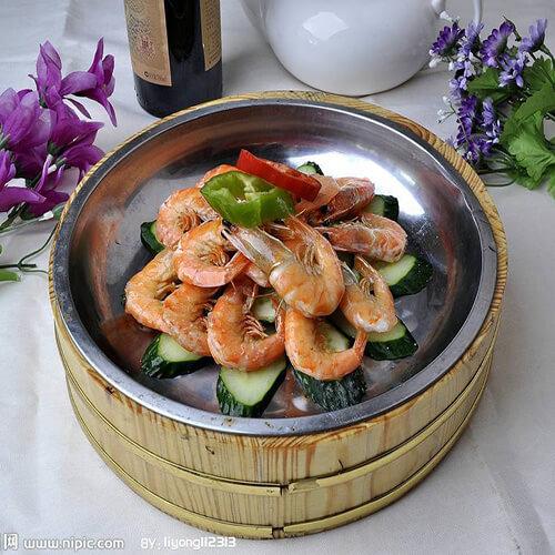 记忆中外婆的铜盆虾