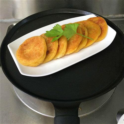 自制香蕉糯米薄饼