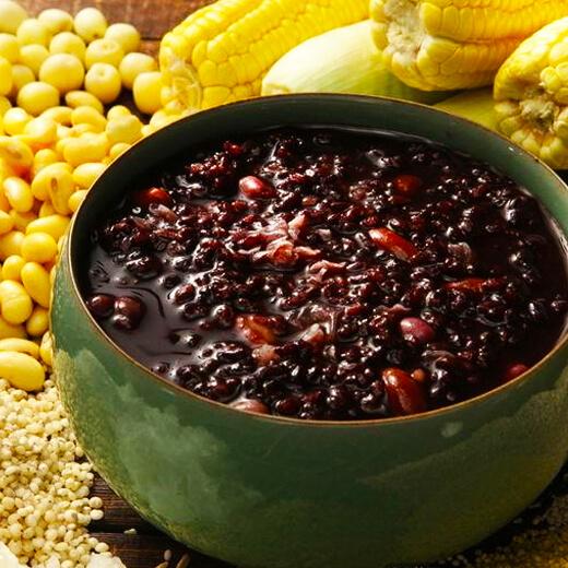 黑米黑豆养生粥